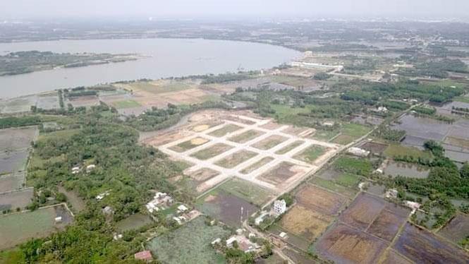 Đề nghị phong tỏa tài khoản của hai công ty bất động sản tại thành phố Hồ Chí Minh - Ảnh 1.