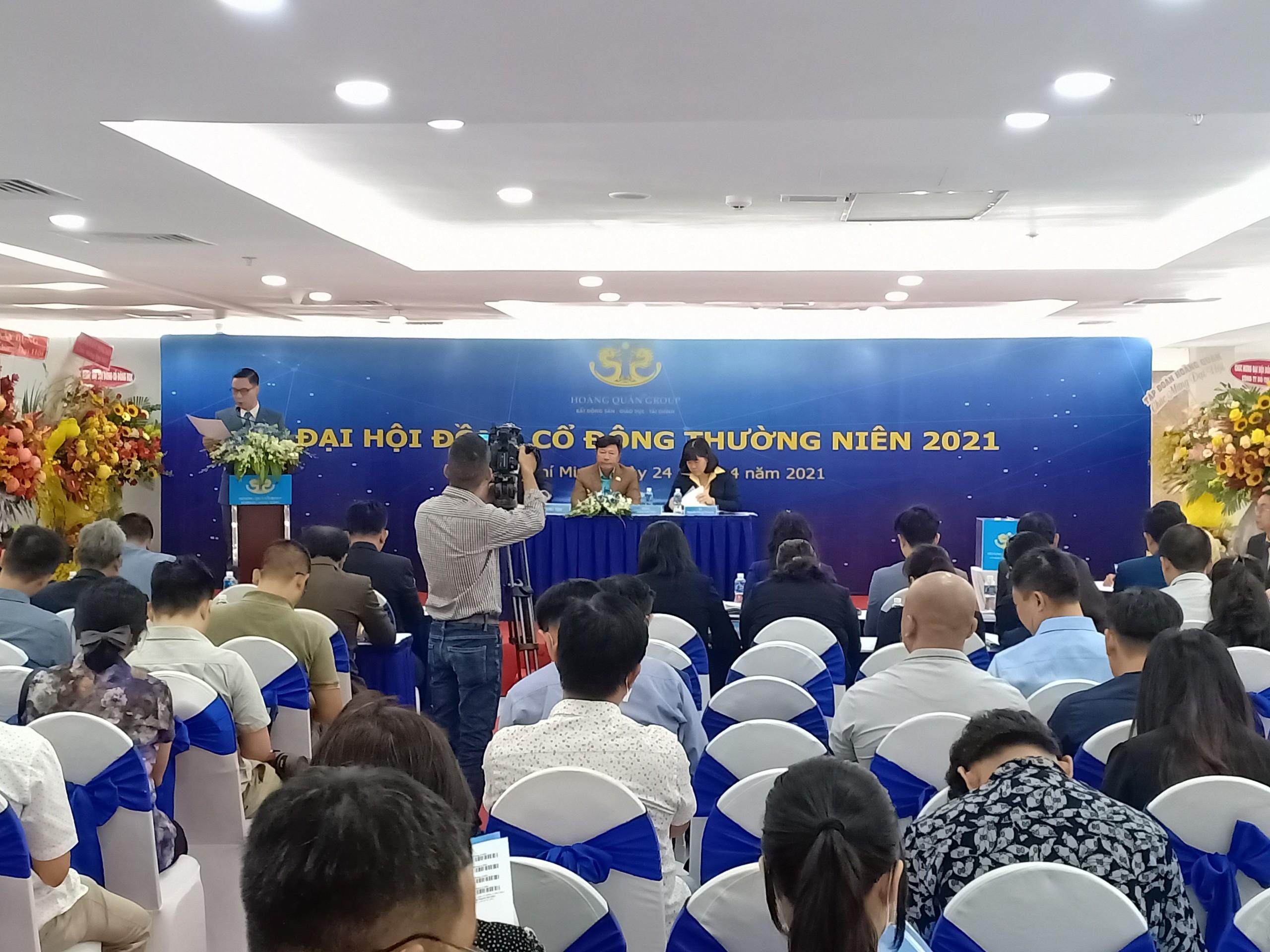 [LIVE] ĐHĐCĐ Địa ốc Hoàng Quân: Hợp tác làm 7 dự án cao cấp tại TP HCM, triển khai KCN ở Bình Thuận - Ảnh 1.