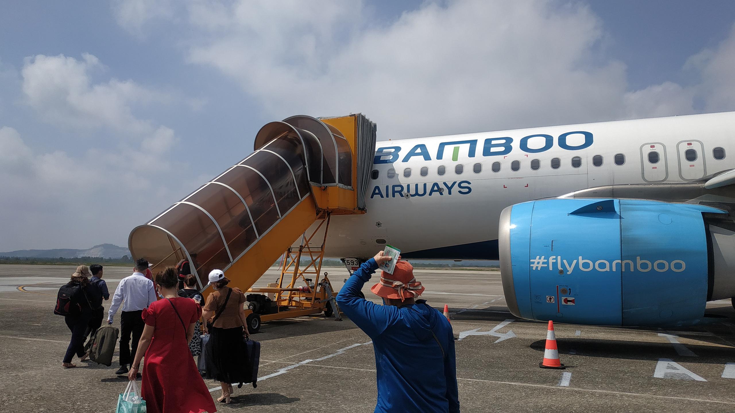 Ông Trịnh Văn Quyết cầm cố 167,5 triệu cổ phần Bamboo Airways ở Sacombank, giá xử lý 8.500 đồng/cp - Ảnh 1.
