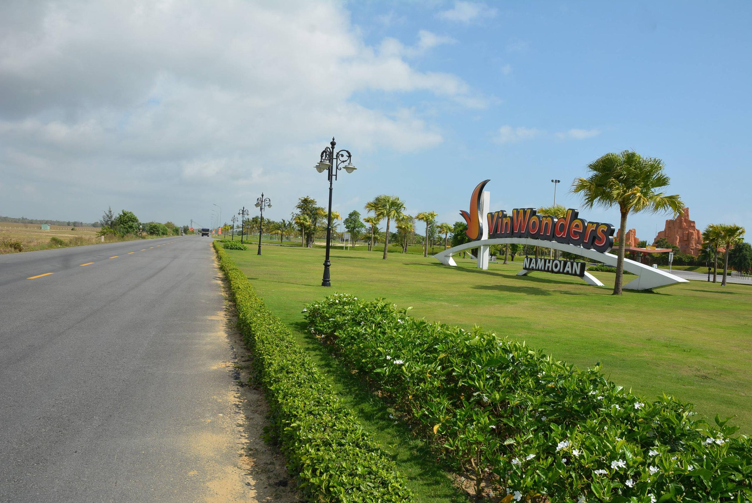 Con đường ở Quảng Nam có nhiều dự án du lịch, bất động sản nghìn tỷ đồng - Ảnh 3.