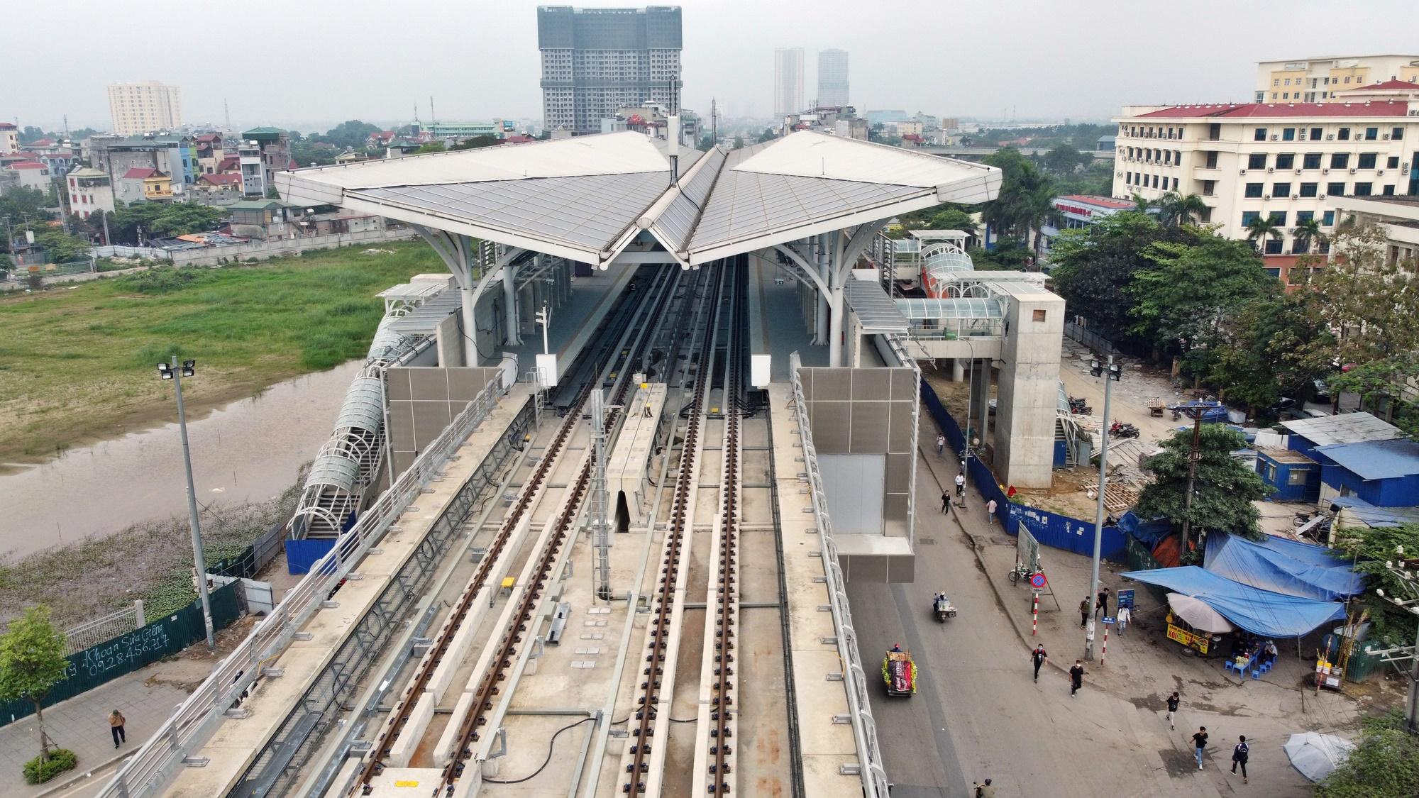 Hình ảnh đường sắt Nhổn - ga Hà Nội khi 'đến hẹn' vận hành đoạn trên cao - Ảnh 17.