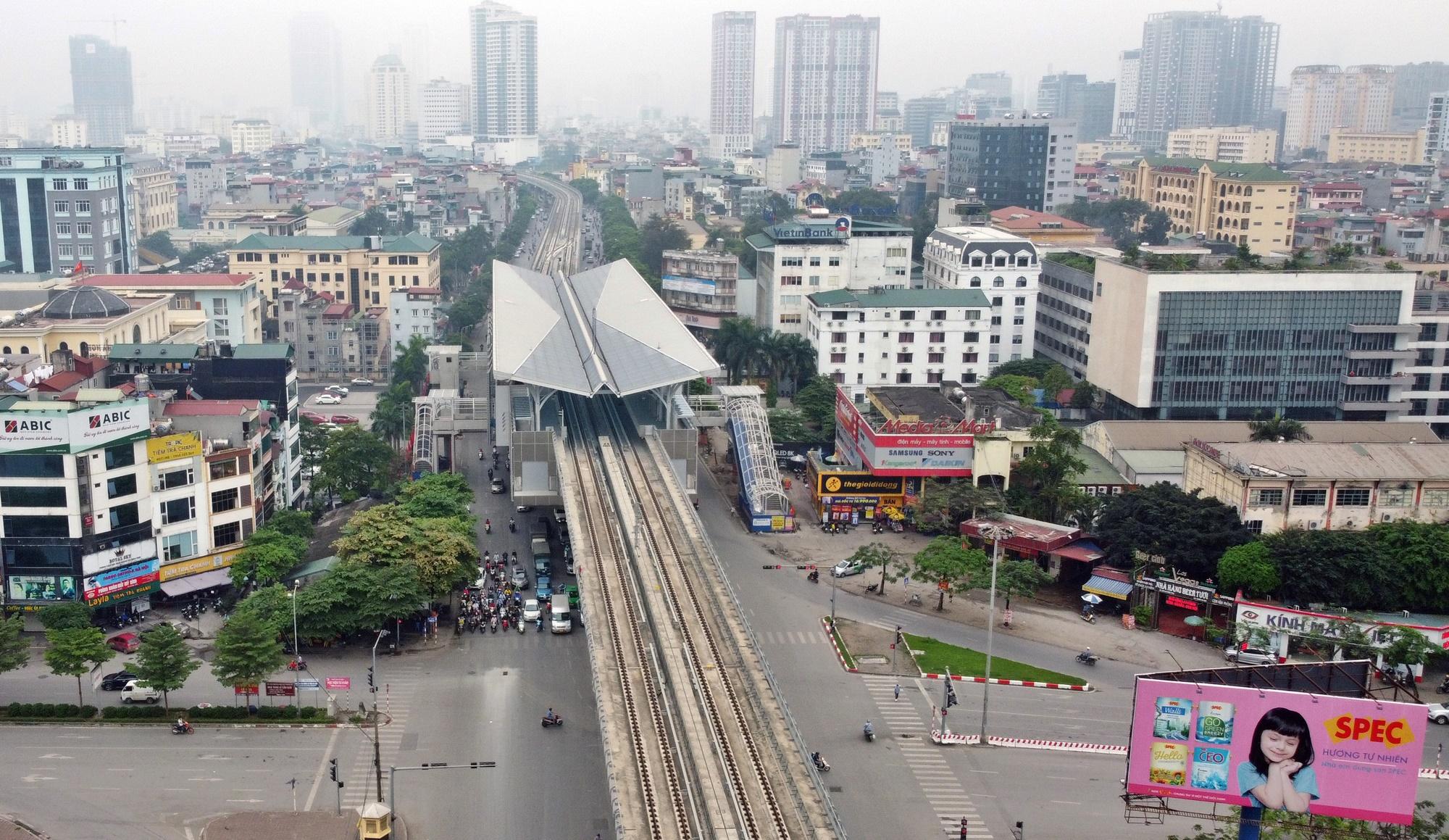Hình ảnh đường sắt Nhổn - ga Hà Nội khi 'đến hẹn' vận hành đoạn trên cao - Ảnh 7.