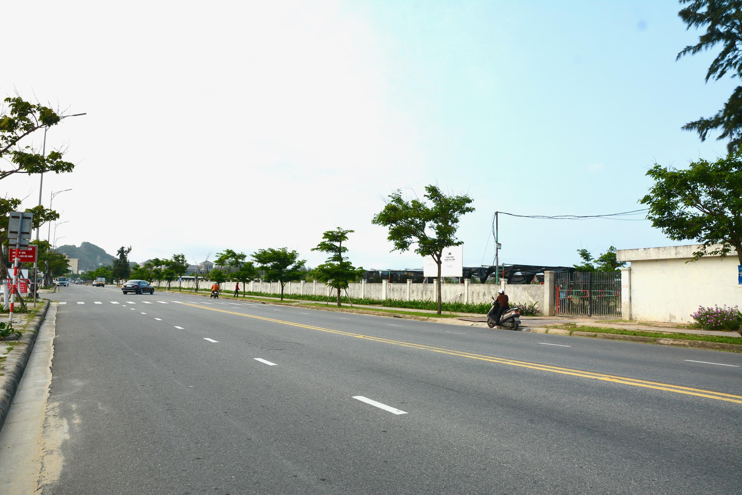 Hiện trạng dự án The Nam Khang Resort Residences ở Đà Nẵng của ông chủ DatVietVAC - Ảnh 2.