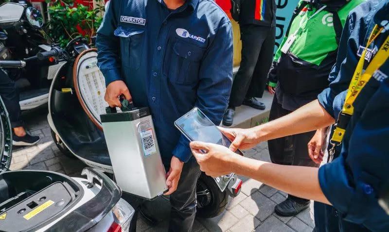 Gojek sẽ chuyển sang sử dụng xe điện 100% vào năm 2030 - Ảnh 1.