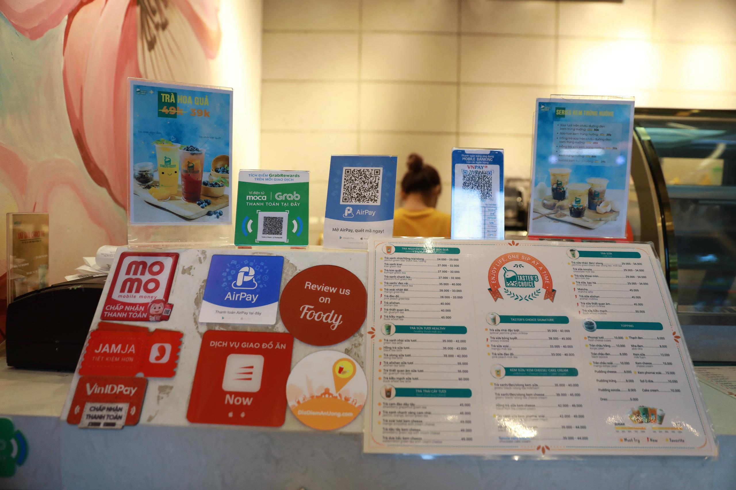 Nhà mạng Việt có lợi thế trong cuộc đua thanh toán, ví điện tử cần dừng 'đốt tiền' cho giảm giá - Ảnh 2.