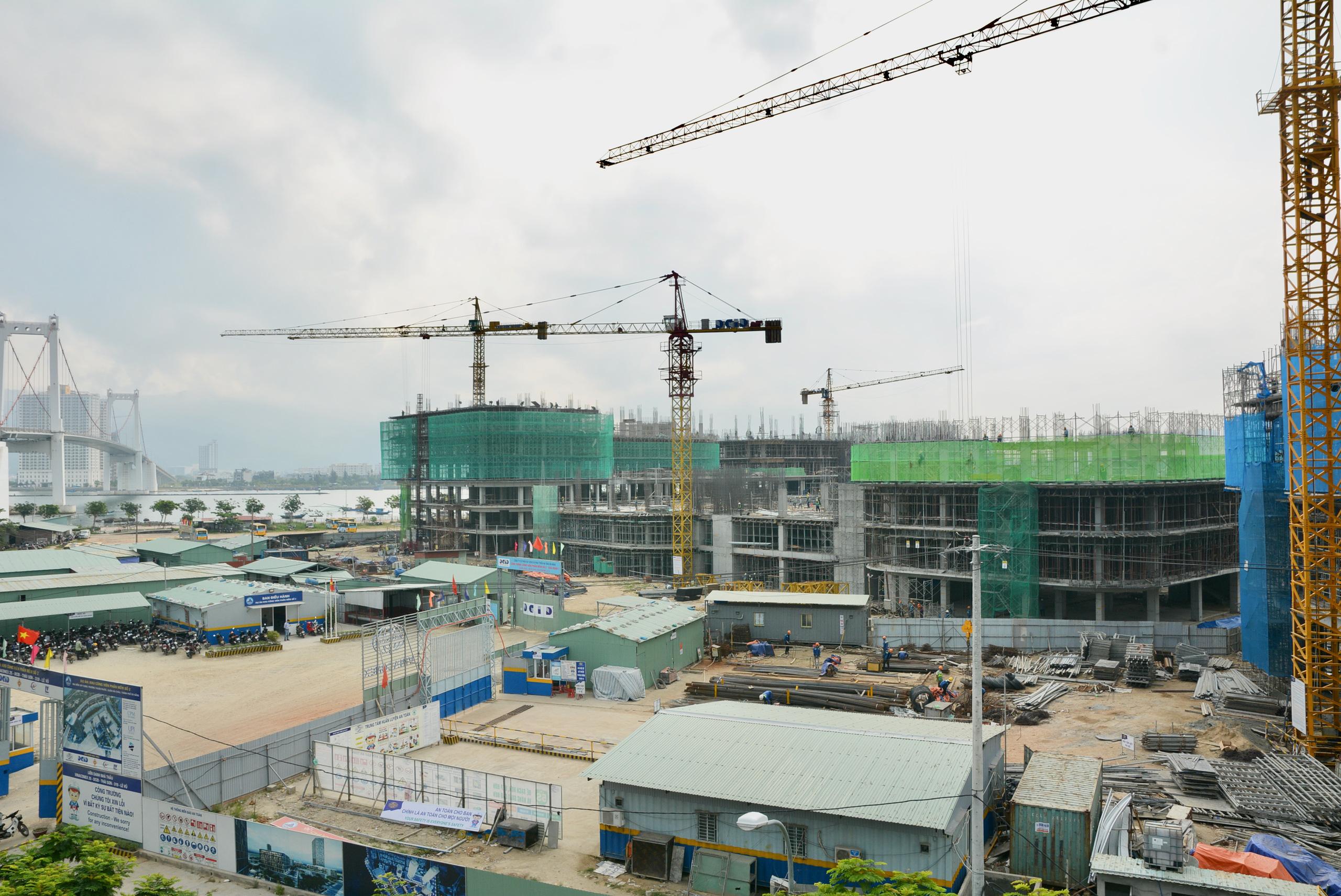 Khu công viên phần mềm số 2 hơn 700 tỷ đồng ở Đà Nẵng thành hình sau 5 tháng thi công - Ảnh 8.