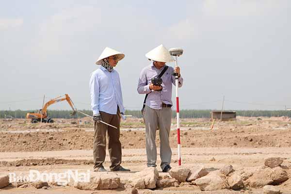 Đồng Nai cắm mốc 3.000 lô đất tại khu tái định cư sân bay Long Thành - Ảnh 1.