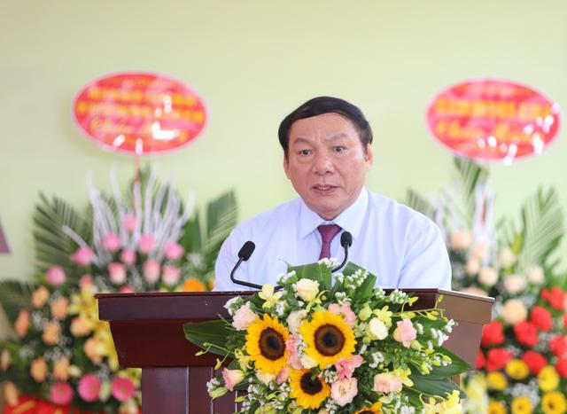 Trình phê chuẩn bổ nhiệm 12 bộ trưởng, trưởng ngành - Ảnh 7.