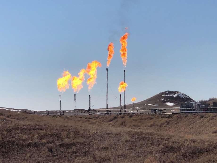 Giá gas hôm nay 7/4: Giá khí đốt tự nhiên tiếp đà giảm nhẹ trở lại sau phiên giảm đầu tuần - Ảnh 1.