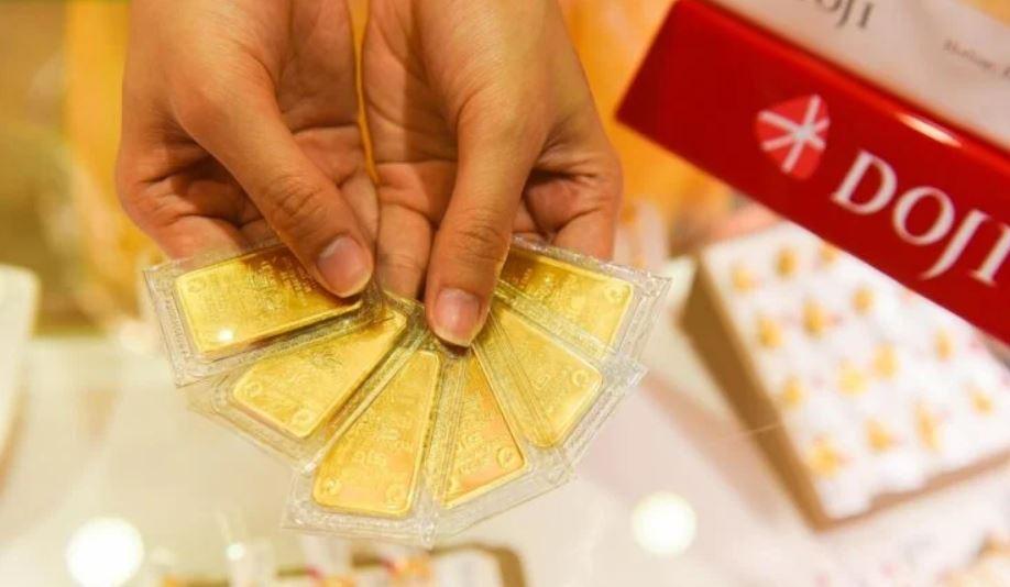 Giá vàng hôm nay 7/4: SJC tiếp đà tăng thêm 150.000 đồng/lượng - Ảnh 1.