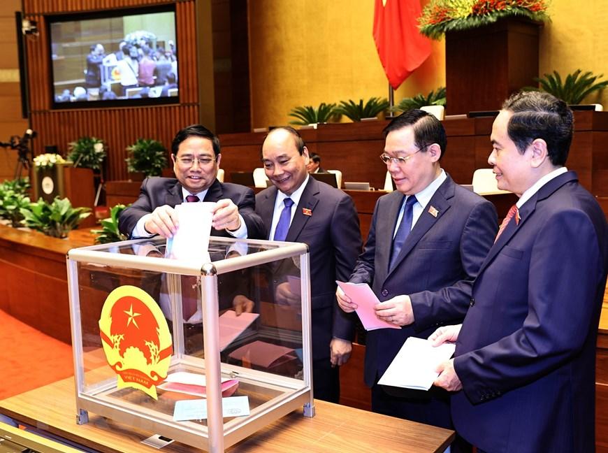 Quốc hội phê chuẩn đề nghị bổ nhiệm một số Phó Thủ tướng, Bộ trưởng - Ảnh 1.