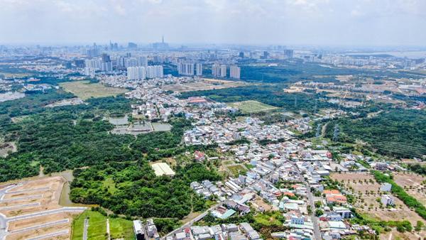 Nhà phố đô thị vệ tinh Long An thu hút giới đầu tư - Ảnh 1.