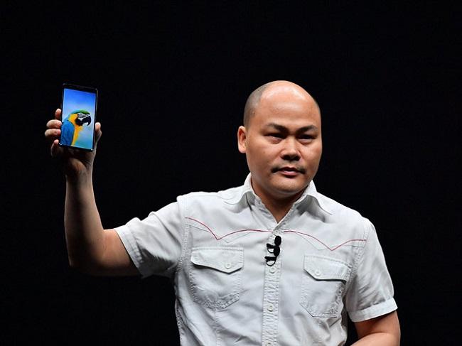 CEO BKAV Nguyễn Tử Quảng cảm ơn VSmart, tuyên bố BPhone sẽ giành vị trí thứ 2 thị phần vào năm 2023 - Ảnh 2.