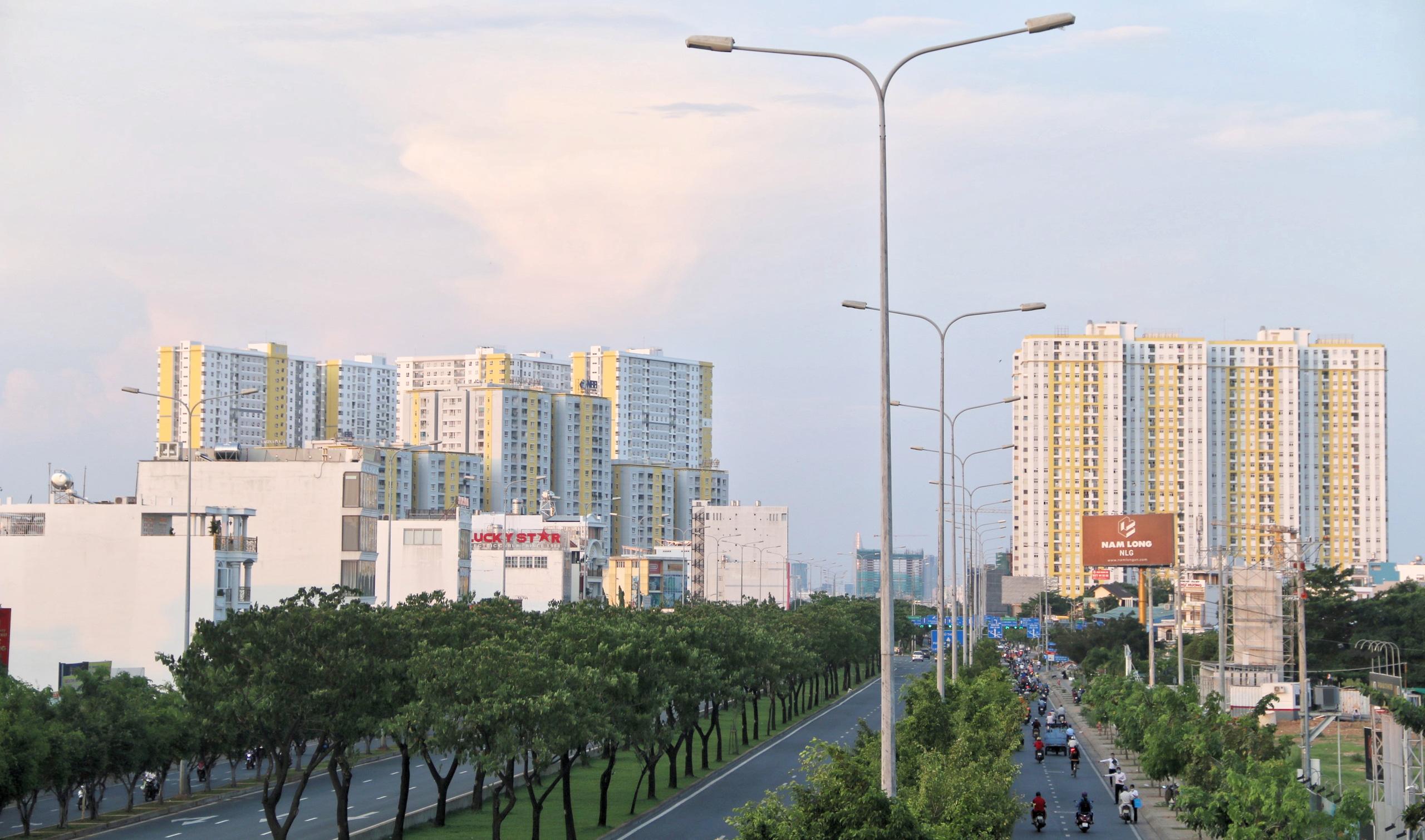 Cận cảnh Đại lộ Đông Tây của TP HCM sau gần một thập kỷ - Ảnh 5.