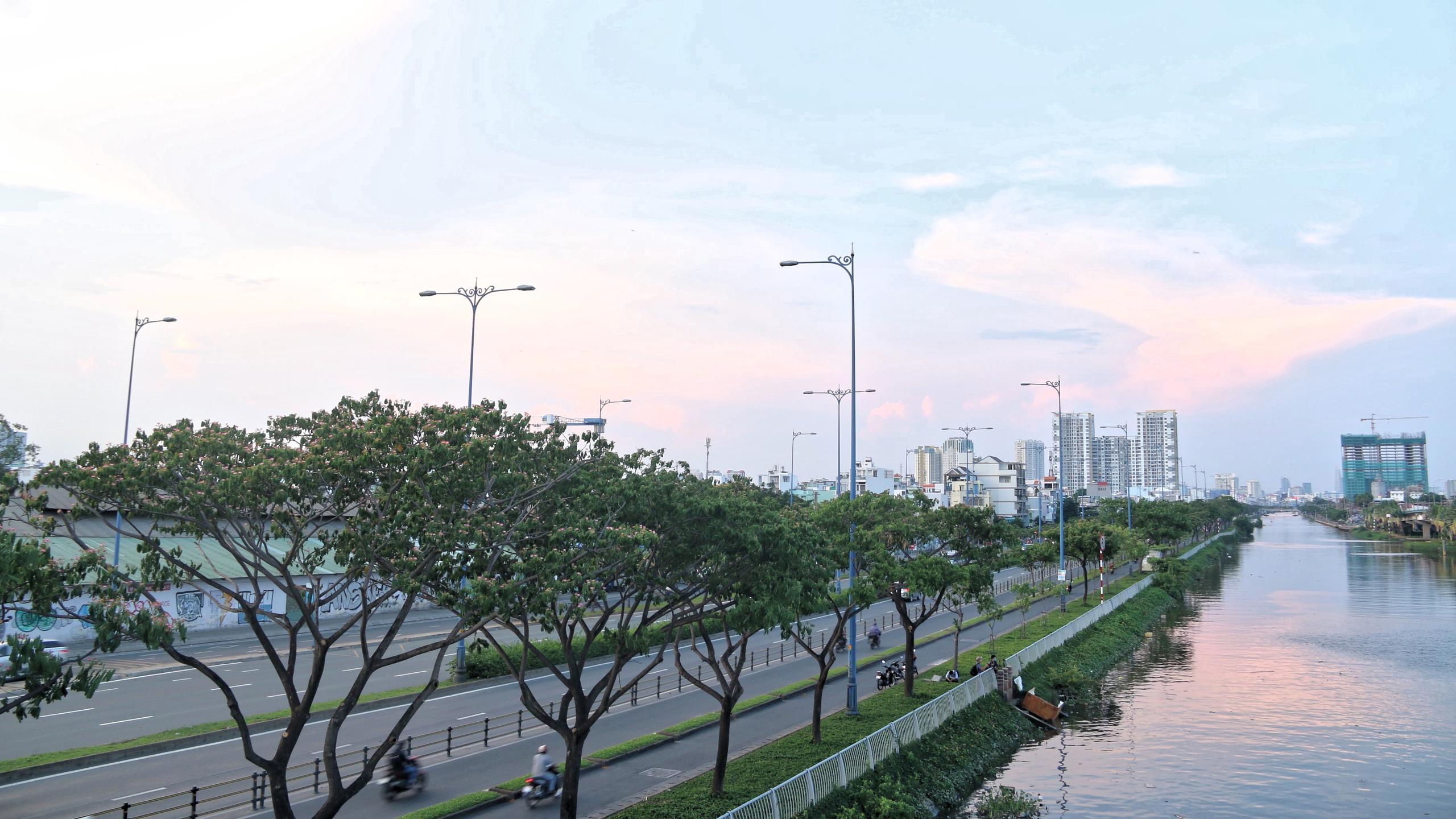 Cận cảnh Đại lộ Đông Tây của TP HCM sau gần một thập kỷ - Ảnh 6.