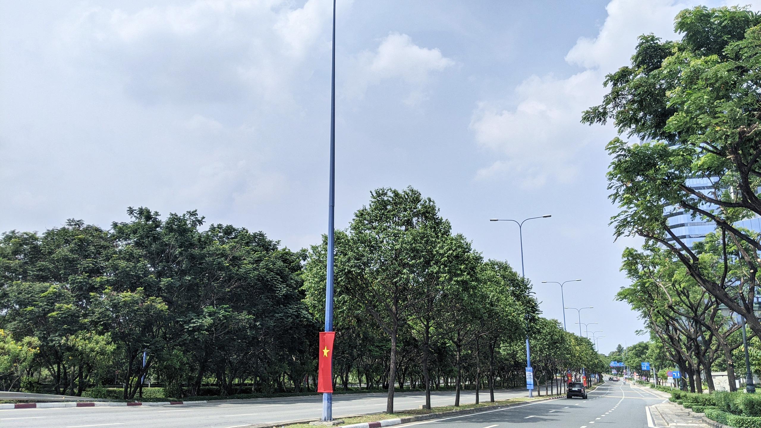 Cận cảnh Đại lộ Đông Tây của TP HCM sau gần một thập kỷ - Ảnh 11.