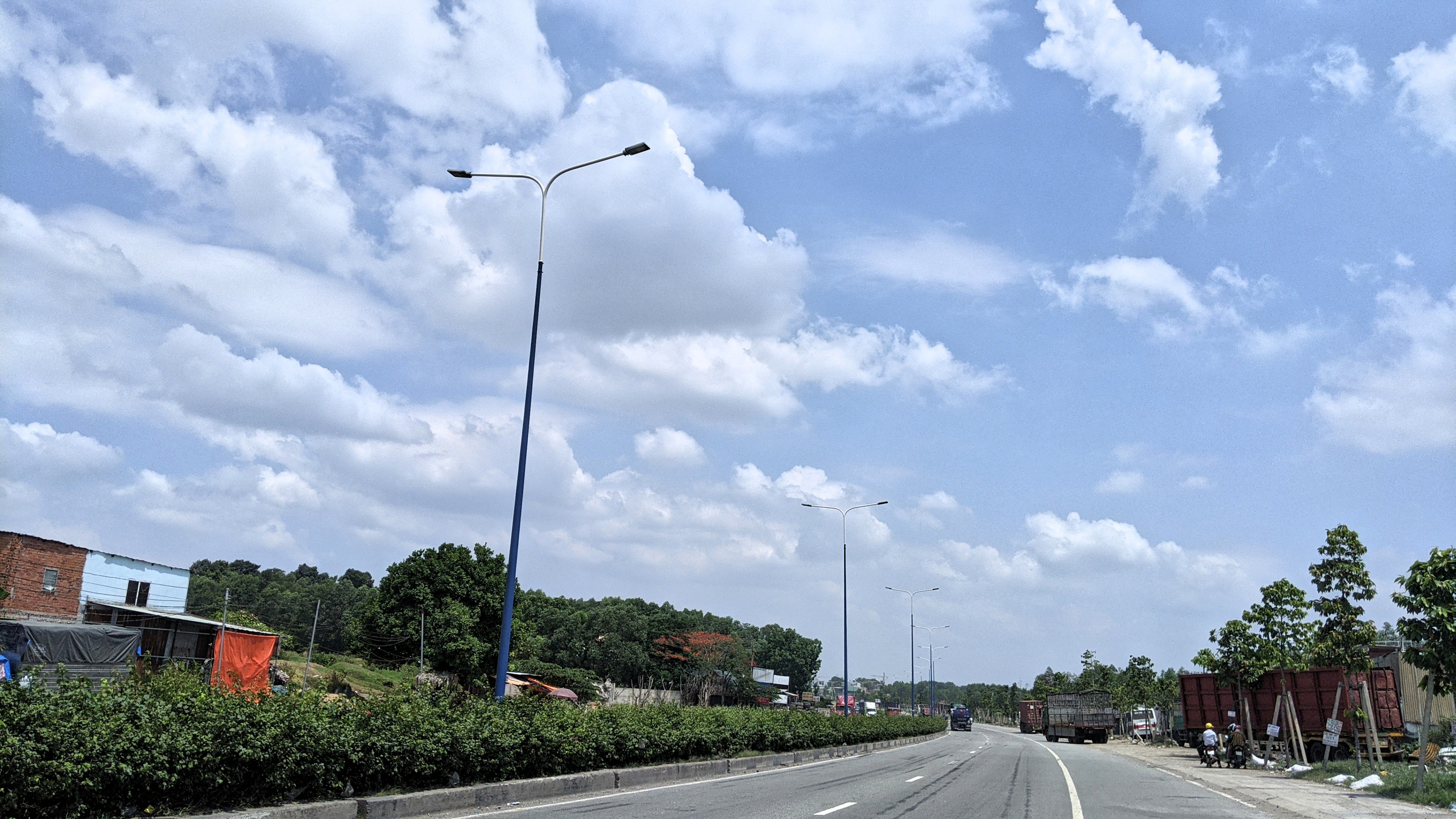 Bình Dương: Cận cảnh tuyến Mỹ Phước - Tân Vạn sắp thông toàn tuyến - Ảnh 4.