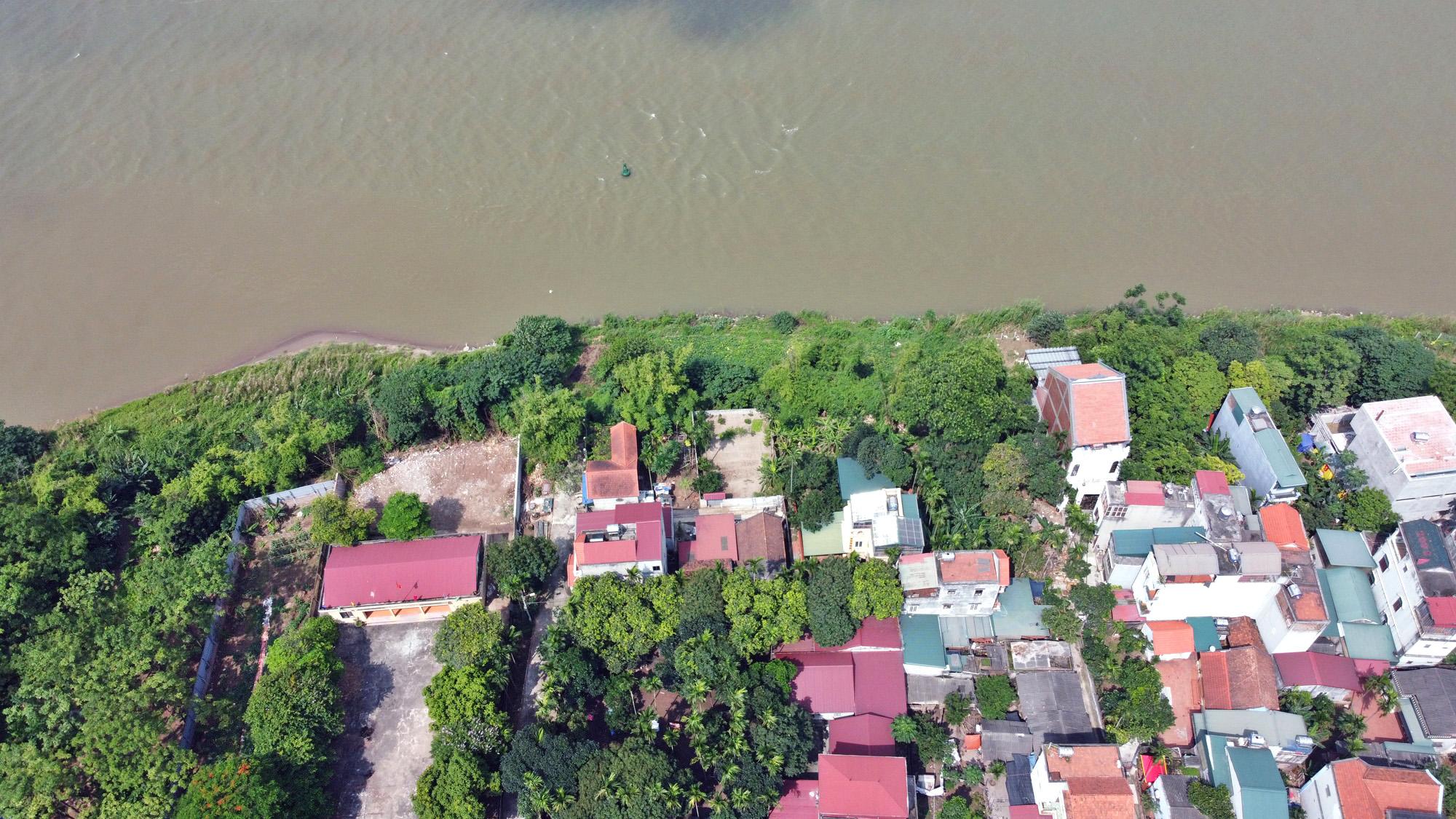 Cận cảnh những 'bán đảo' ngay giữa trung tâm Hà Nội - Ảnh 6.