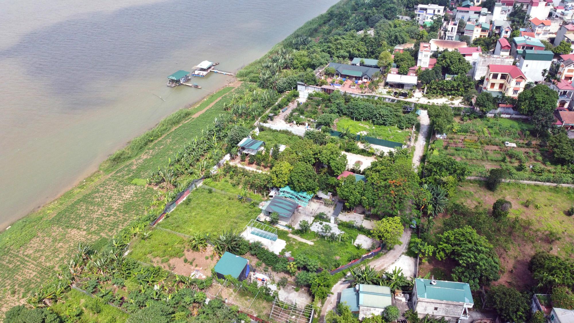 Cận cảnh những 'bán đảo' ngay giữa trung tâm Hà Nội - Ảnh 8.
