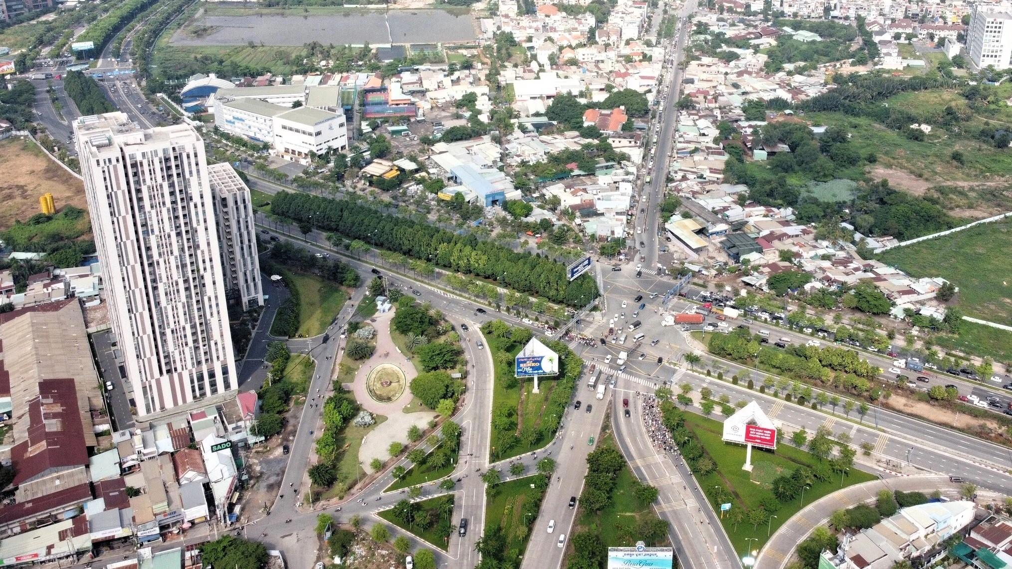 Loạt cao ốc trên Đại lộ Đông - Tây [Phần 2]: Cung đường Mai Chí Thọ - Ảnh 18.