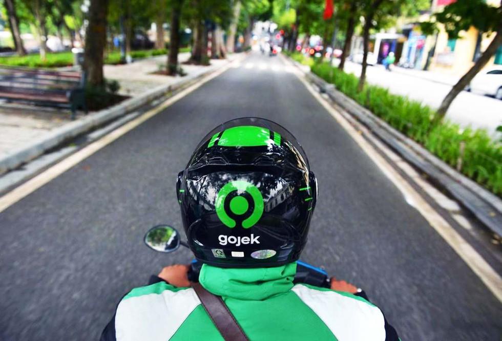 Sau hợp nhất GoTo, Gojek Việt Nam giữ nguyên logo, triển khai dịch vụ gọi xe bốn bánh tại TP HCM - Ảnh 1.