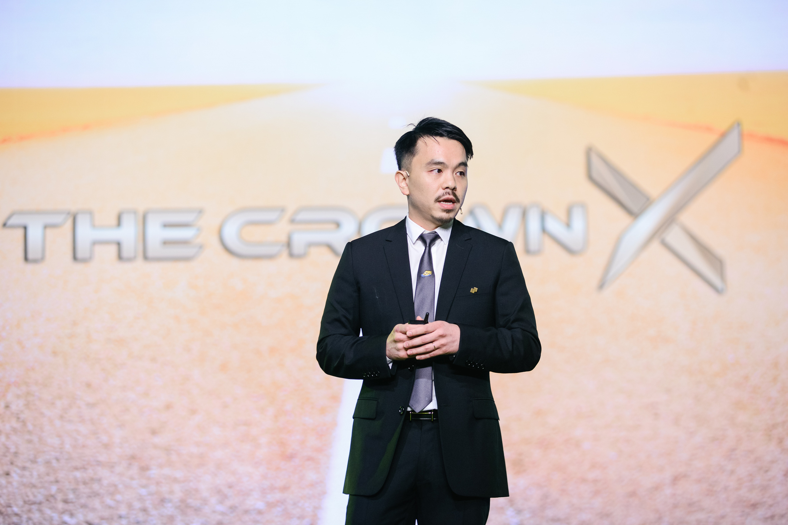 Alibaba và Baring Private Equity Asia mua lại 5,5% cổ phần The CrownX, định giá công ty gần 7 tỷ USD - Ảnh 1.