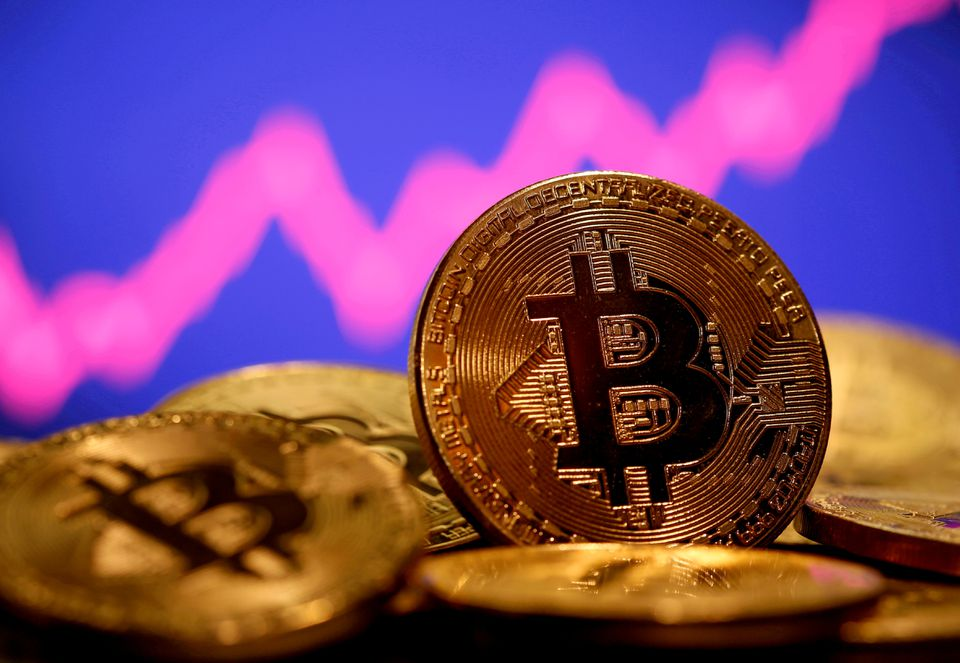 Cơn sốt altcoin đả thương bitcoin - Ảnh 1.