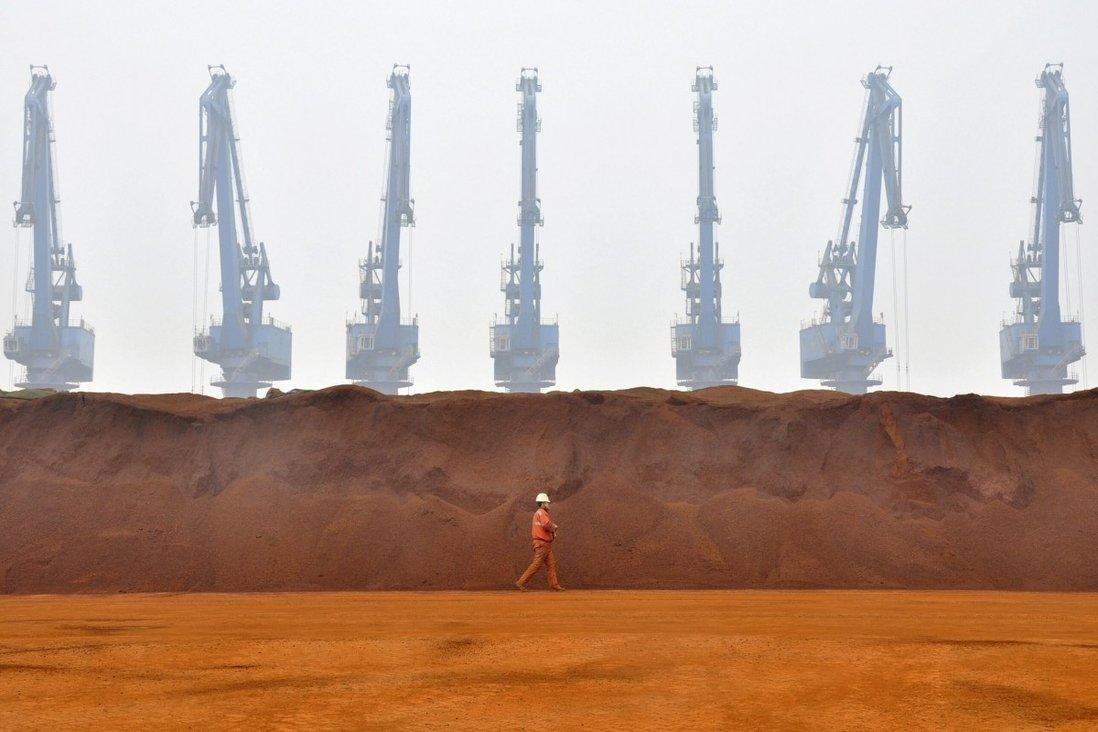 Giữa lúc giá quặng sắt tăng nóng, Trung Quốc vẫn làm giàu cho Australia mặc tranh chấp - Ảnh 1.