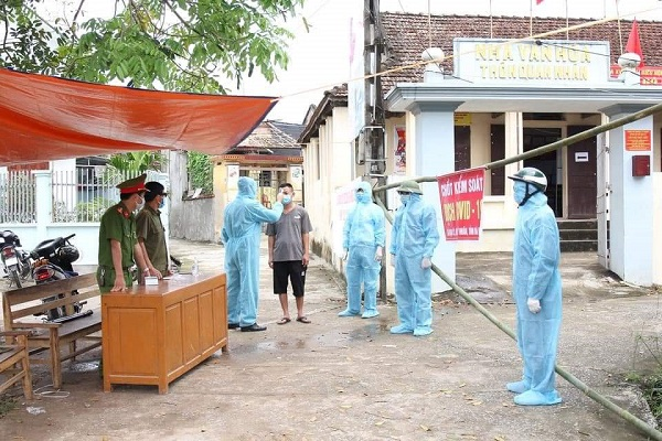Thủ tướng yêu cầu làm rõ trách nhiệm, xử lý nghiêm việc gây ra ổ dịch bệnh ở Hà Nam - Ảnh 1.