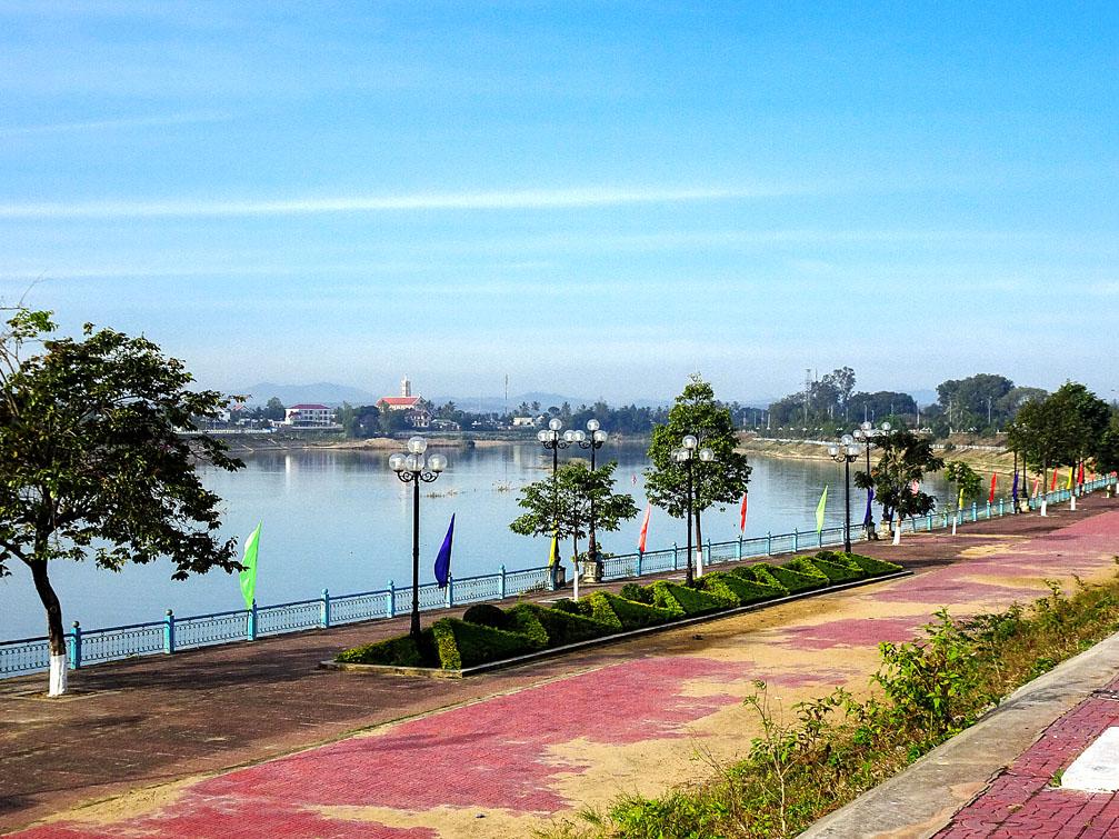 TP Kon Tum sắp hoàn thành 4 cây cầu gần 1.200 tỷ đồng - Ảnh 1.