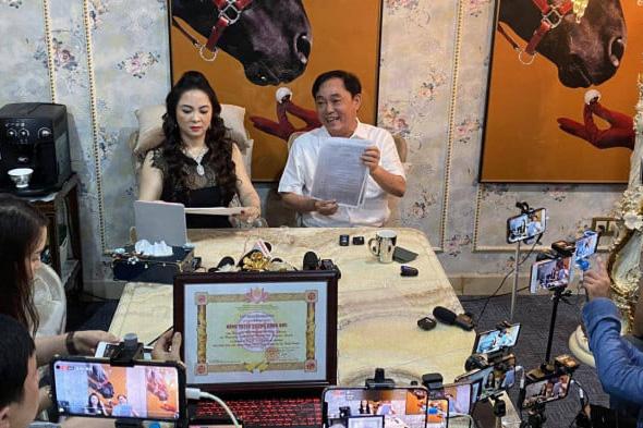 Giải mã sức hút của livestream CEO Nguyễn Phương Hằng, bài học cho giới sale và streamer