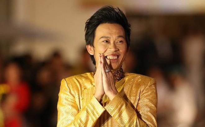 Thù lao tiền tỷ, Hoài Linh phải 'cày' trong bao lâu để kiếm được 14,67 tỷ  đồng?