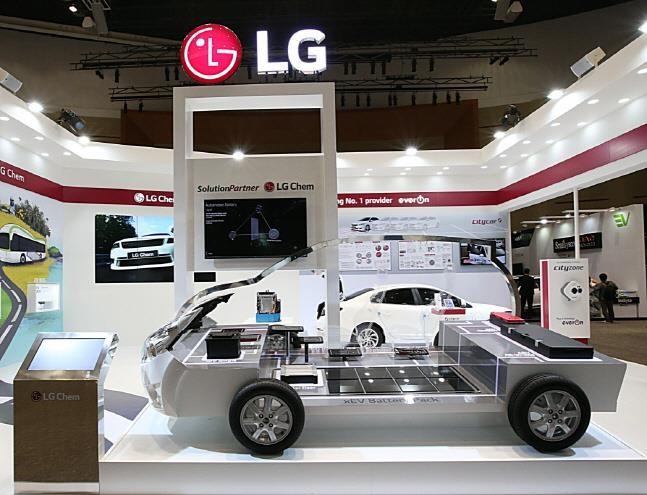 Hàn Quốc chiếm 31% thị trường pin EV toàn cầu trong quý I/2021 - Ảnh 1.