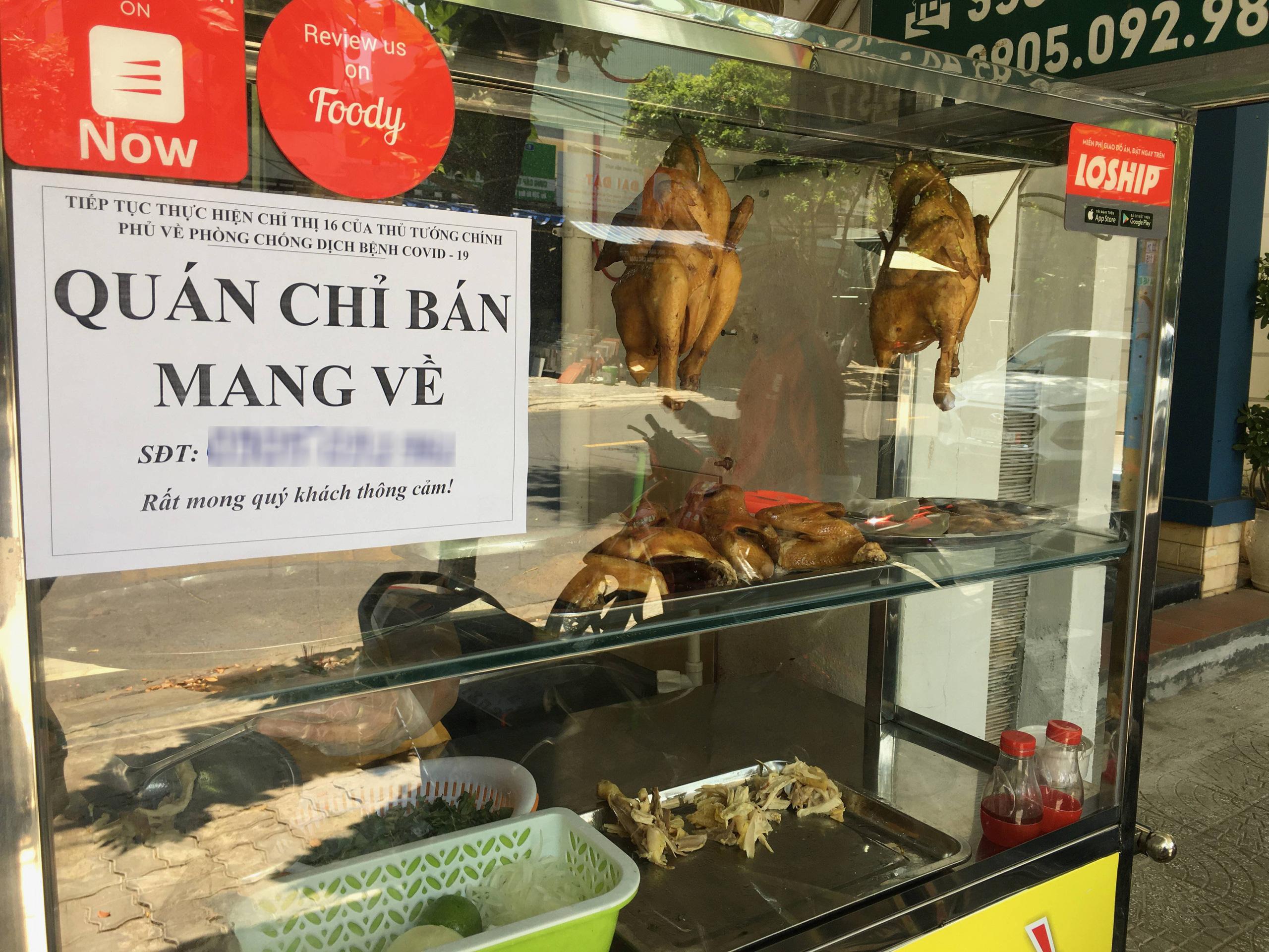 Đà Nẵng cấm tắm biển, khuyến khích bán đồ ăn mang đi - Ảnh 1.