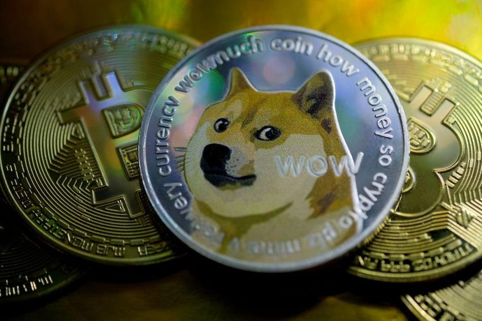 Bitcoin lao dốc, Elon Musk gọi dogecoin là ý tưởng tuyệt vời - Ảnh 1.