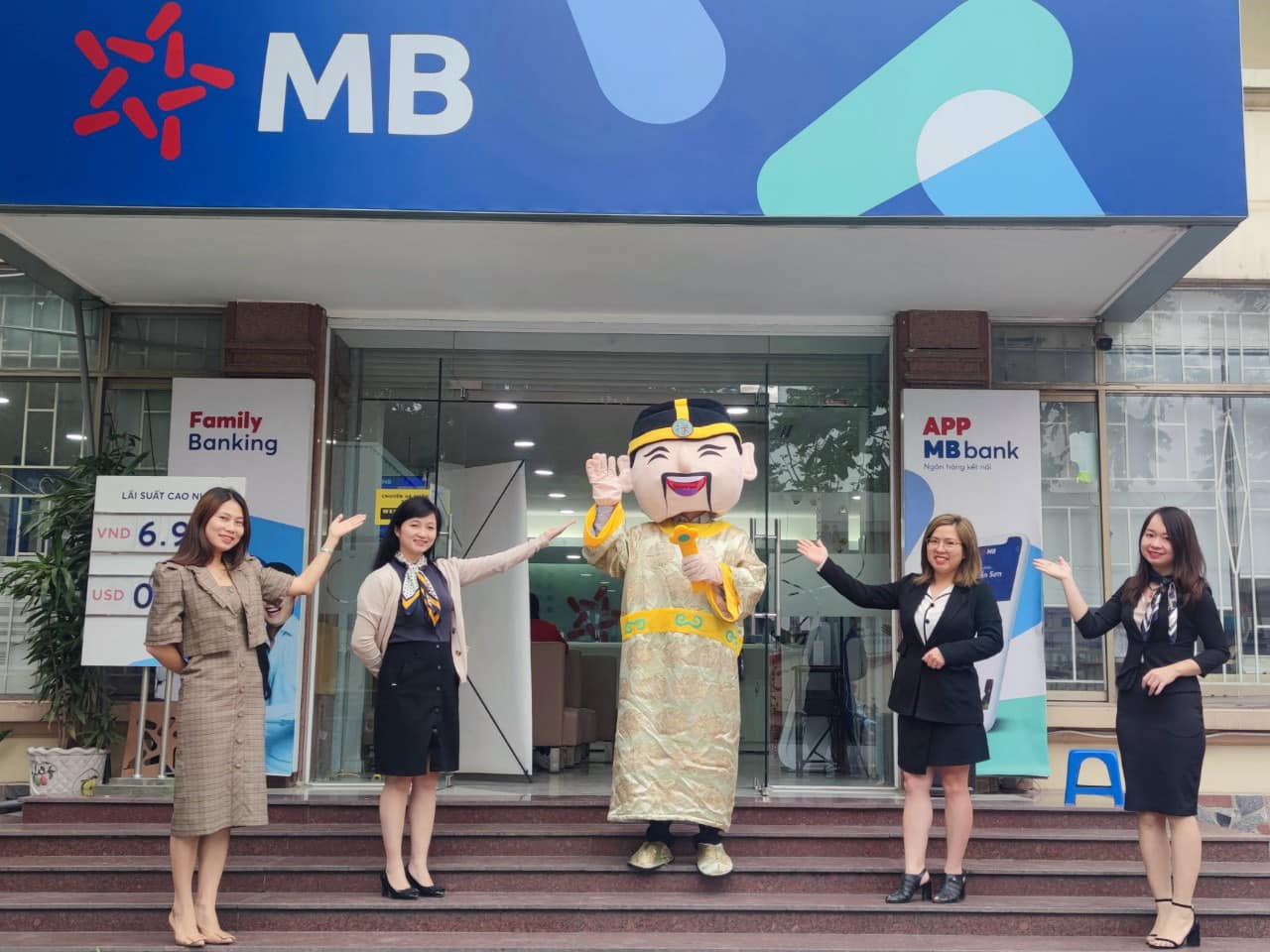 MBBank nới room ngoại lên 30% - Ảnh 1.