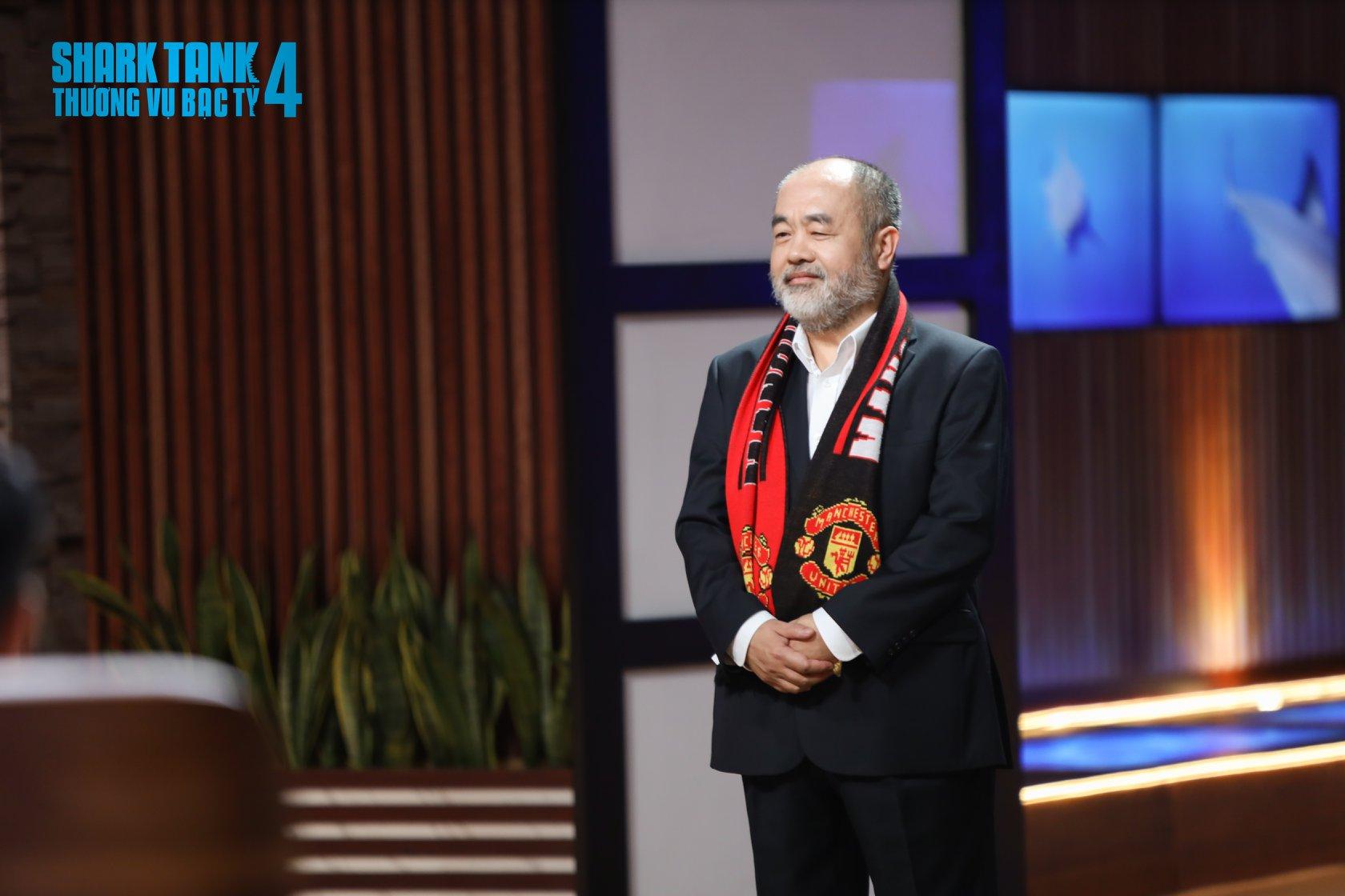 Ông chú fan MU mang sản phẩm muối chấm Tây Ninh lên gọi vốn ở Shark Tank, chia sẻ mối lương duyên để về Việt Nam lập nghiệp ở tuổi 50 - Ảnh 1.