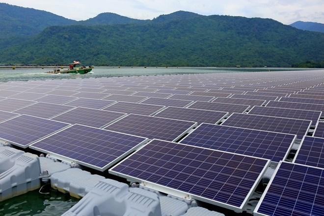Nikkei: Samsung đề nghị được tham gia cơ chế mua bán trực tiếp điện tái tạo của Việt Nam - Ảnh 1.