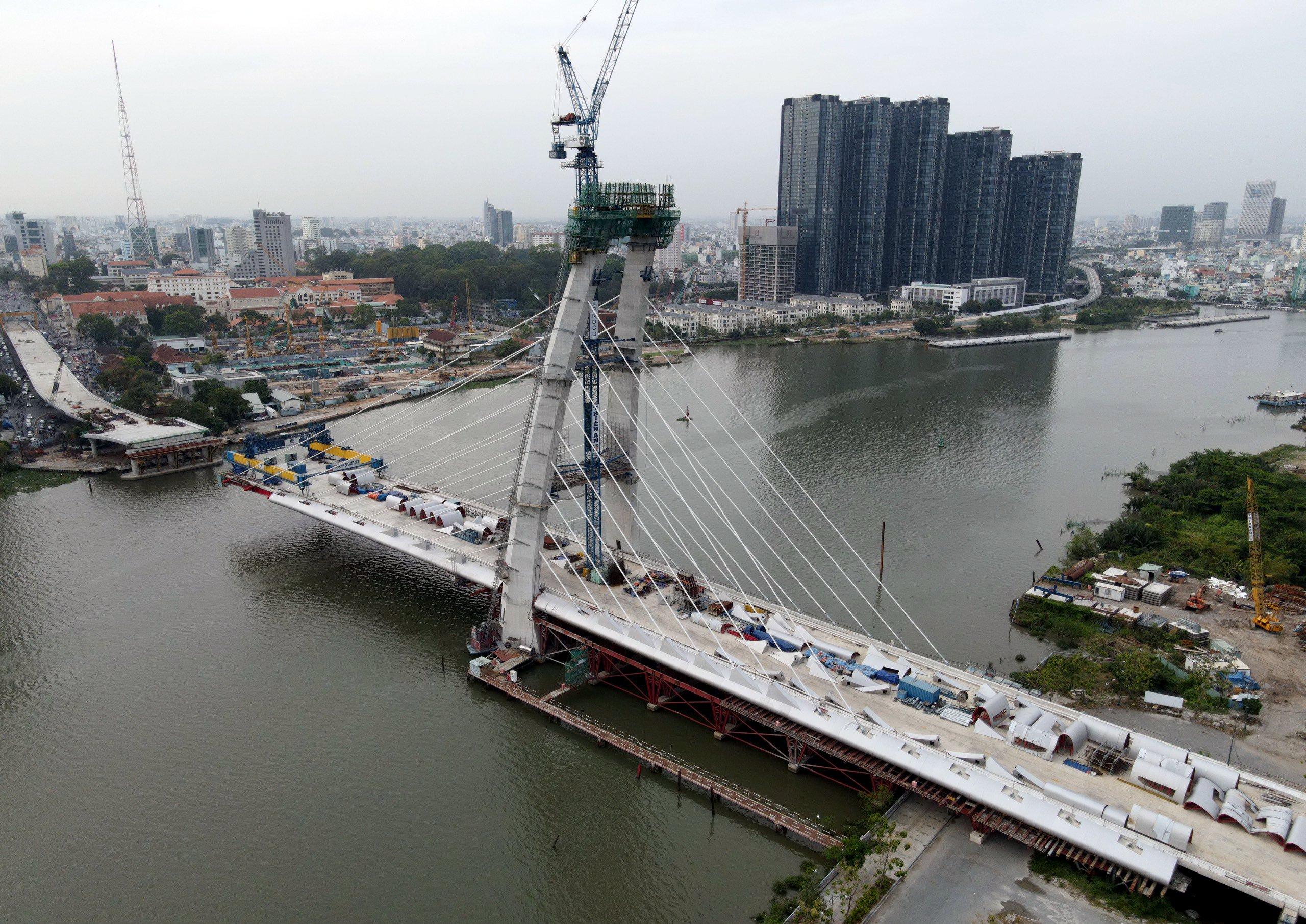 Cận cảnh hạ tầng kết nối TP HCM và TP Thủ Đức sau 10 năm triển khai - Ảnh 9.