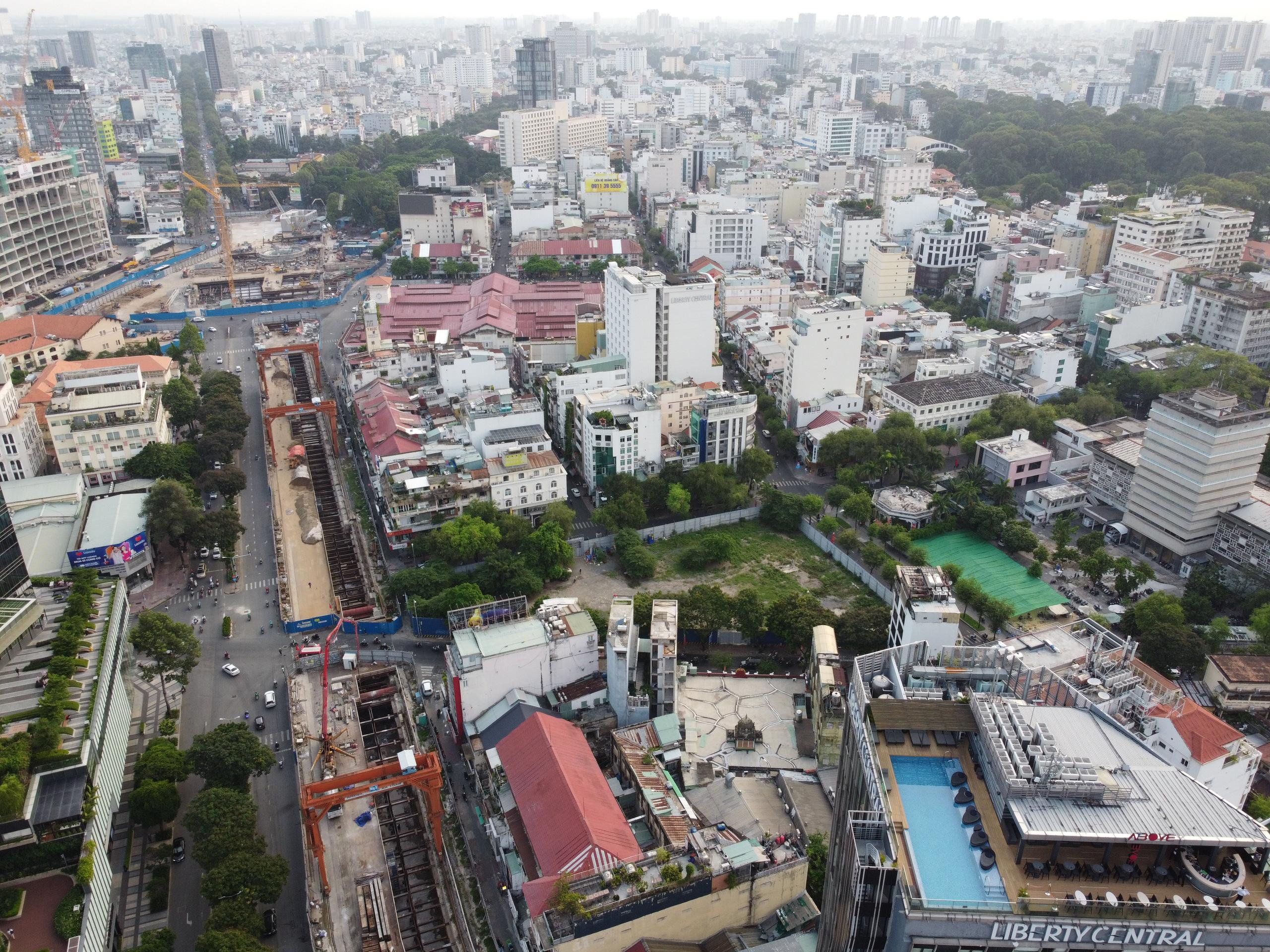 Cận cảnh tuyến đường sắt metro Bến Thành - Suối Tiên trước ngày đón đoàn tàu số 2 và 3 - Ảnh 4.