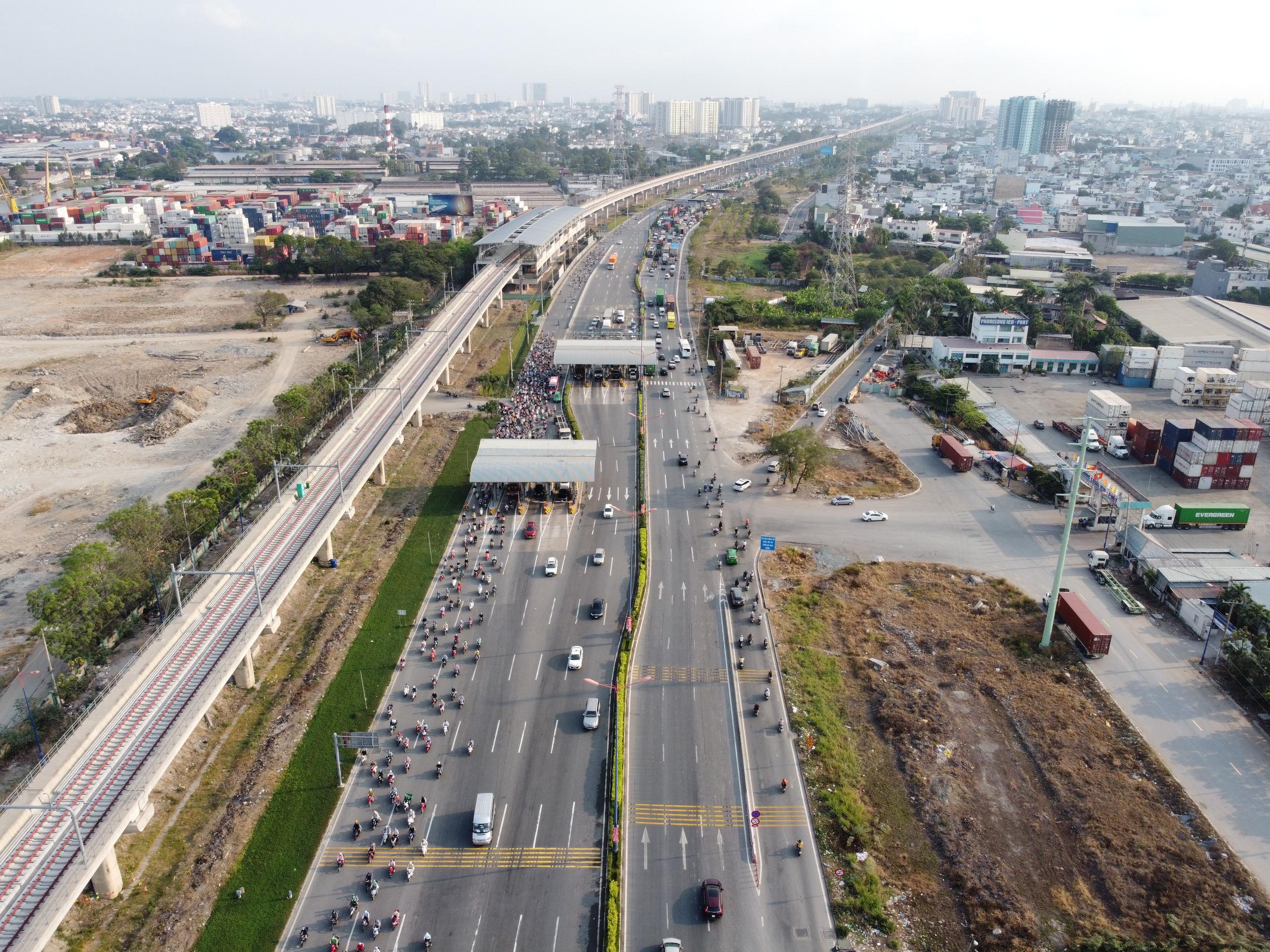 Cận cảnh tuyến đường sắt metro Bến Thành - Suối Tiên trước ngày đón đoàn tàu số 2 và 3 - Ảnh 8.