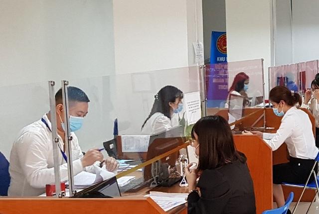 Hà Nội đã tiếp nhận hơn 3.000 giấy đề nghị gia hạn nộp thuế - Ảnh 1.