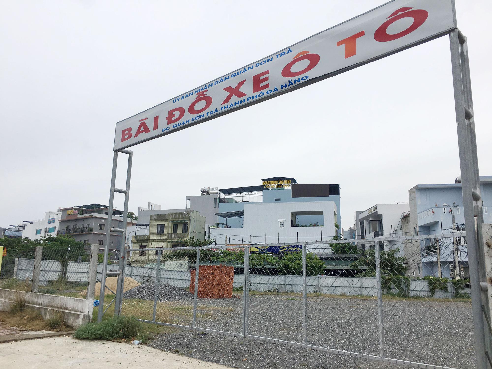 Cận cảnh hai khu đất sát Vincom Đà Nẵng sẽ đấu giá làm bãi đỗ xe - Ảnh 3.