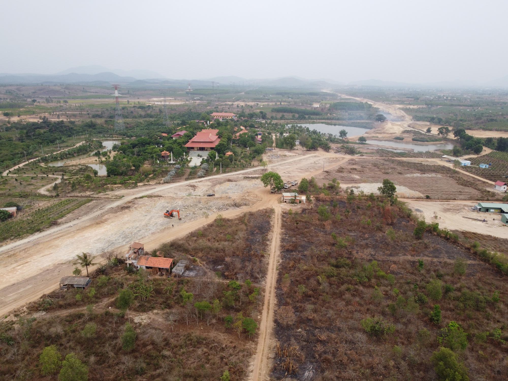 Bình Thuận dứt điểm GPMB Dự án đường bộ cao tốc Bắc – Nam phía Đông qua địa bàn  - Ảnh 1.
