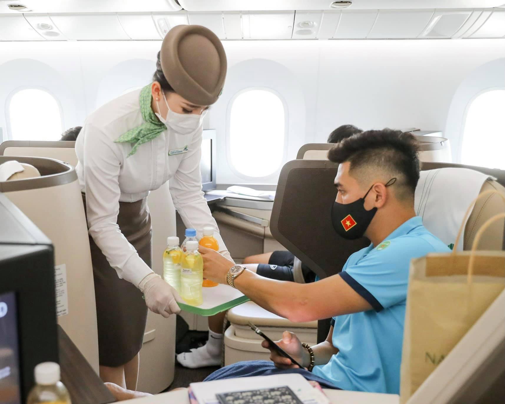 Bamboo Airways chi bao nhiêu tiền cho chuyến bay tuyển Việt Nam sang Dubai? - Ảnh 2.
