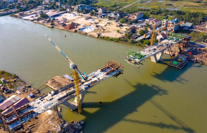 Hải Phòng hoàn thành hai cầu liên tỉnh gần 700 tỷ đồng trong tháng 6 - Ảnh 1.