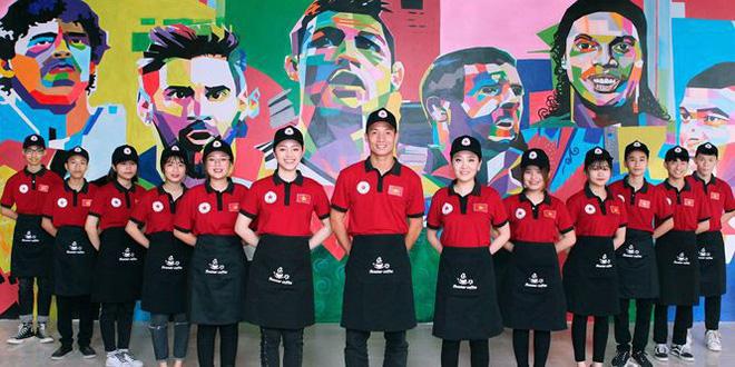 5 cầu thủ Việt Nam vừa đá bóng giỏi vừa kinh doanh hay - Ảnh 3.