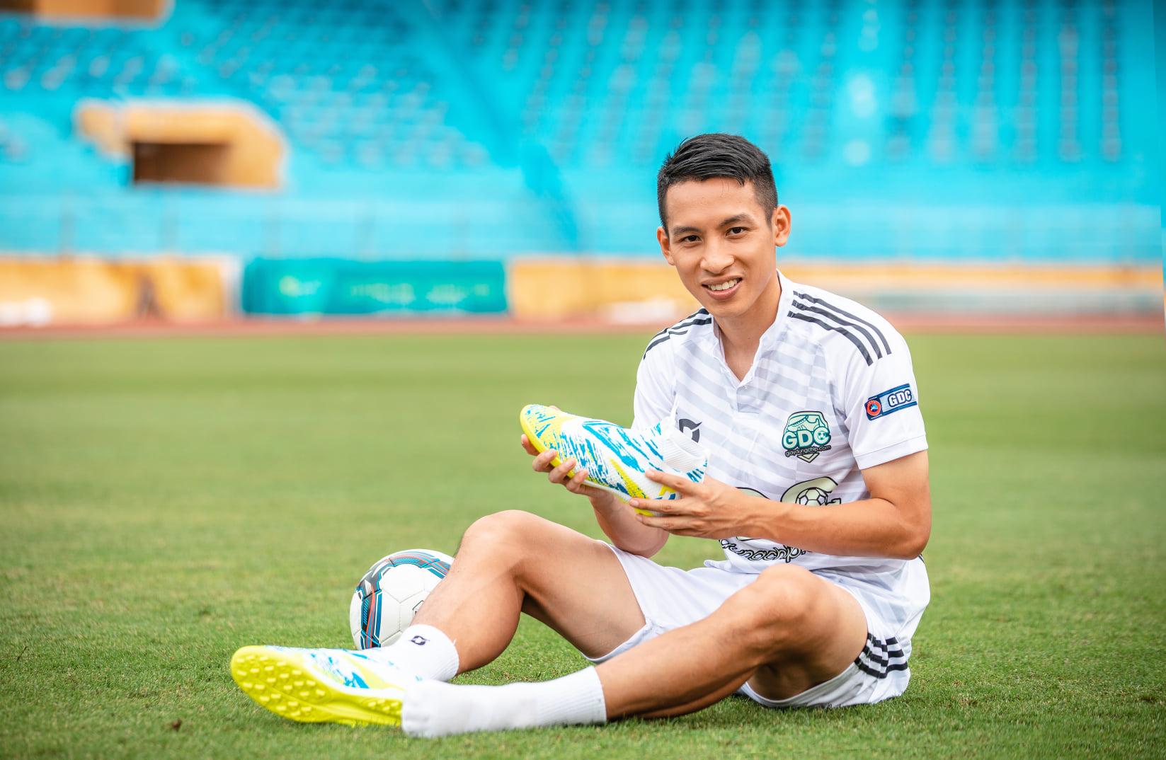 5 cầu thủ Việt Nam vừa đá bóng giỏi vừa kinh doanh hay - Ảnh 5.