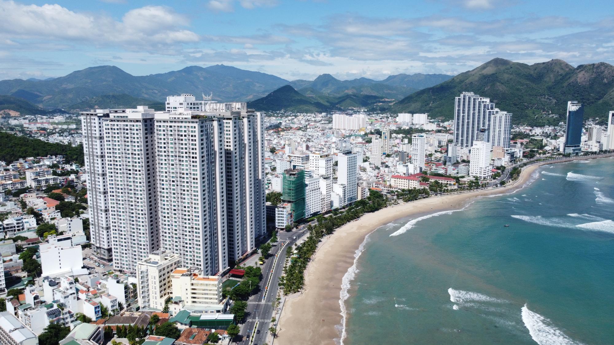 Khánh Hòa yêu cầu các doanh nghiệp nộp hơn 800 tỷ đồng để khắc phục sai phạm - Ảnh 2.