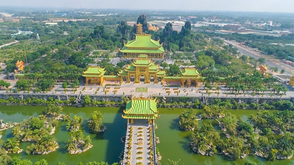 Cận cảnh khu du lịch Đại Nam 6.000 tỷ đồng, lợi nhuận chỉ để làm từ thiện, của vợ chồng bà Nguyễn Phương Hằng - Ảnh 4.
